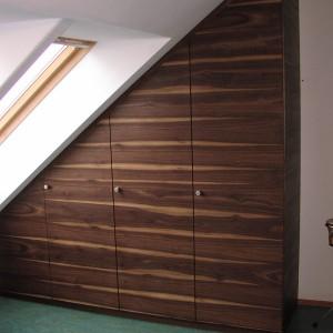 Schlafzimmer Massiv Erle und Nussbaum