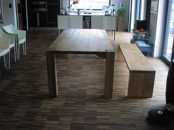 tische eichen tisch und bank manuform. Black Bedroom Furniture Sets. Home Design Ideas