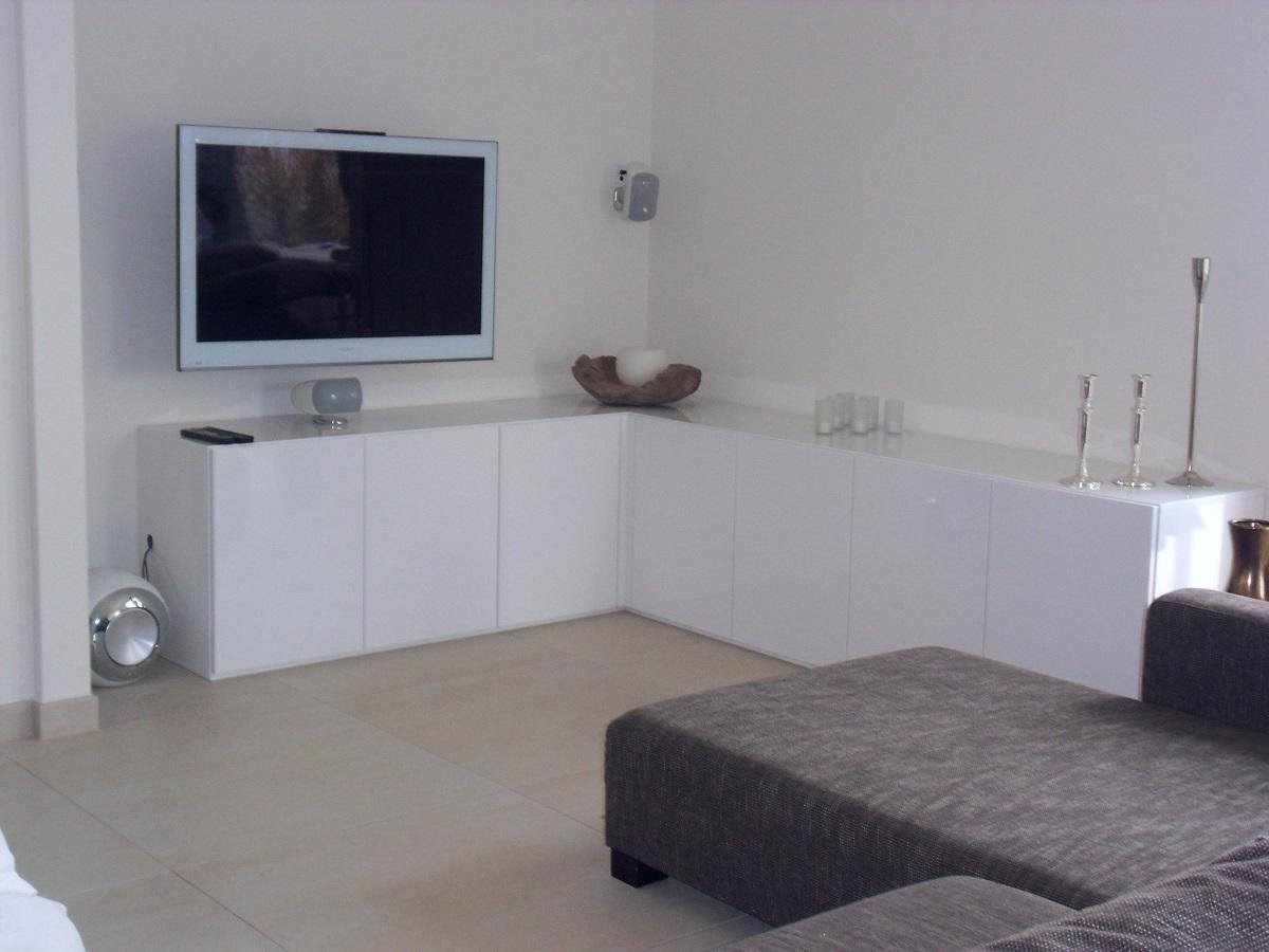 schr nke kommode ber eck manuform. Black Bedroom Furniture Sets. Home Design Ideas