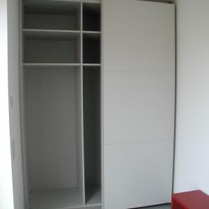 Garderobe geöffnet